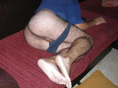 gay 68 le cul poilu